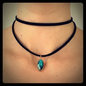 Jewelry - Black double layered choker with blue jewel